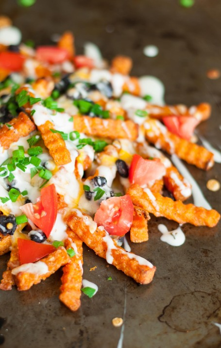 recipe-hack-loaded-mexican-nacho-sweet-potato-cheese-fries-0183